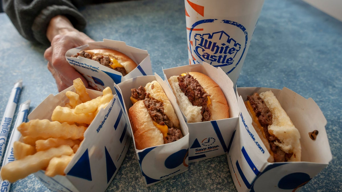 White Castle to Goes Vegan With Dairy-Free Cheese