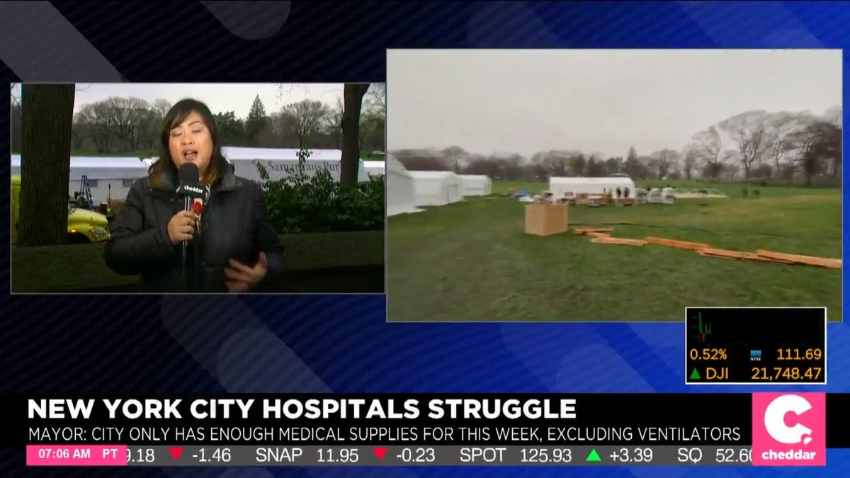 New York's Central Park Gets a 68-Bed Field Hospital