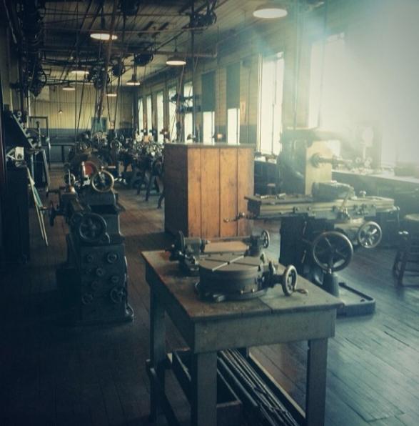 Edison workshop (Photo: Brian Heyman, News 12)