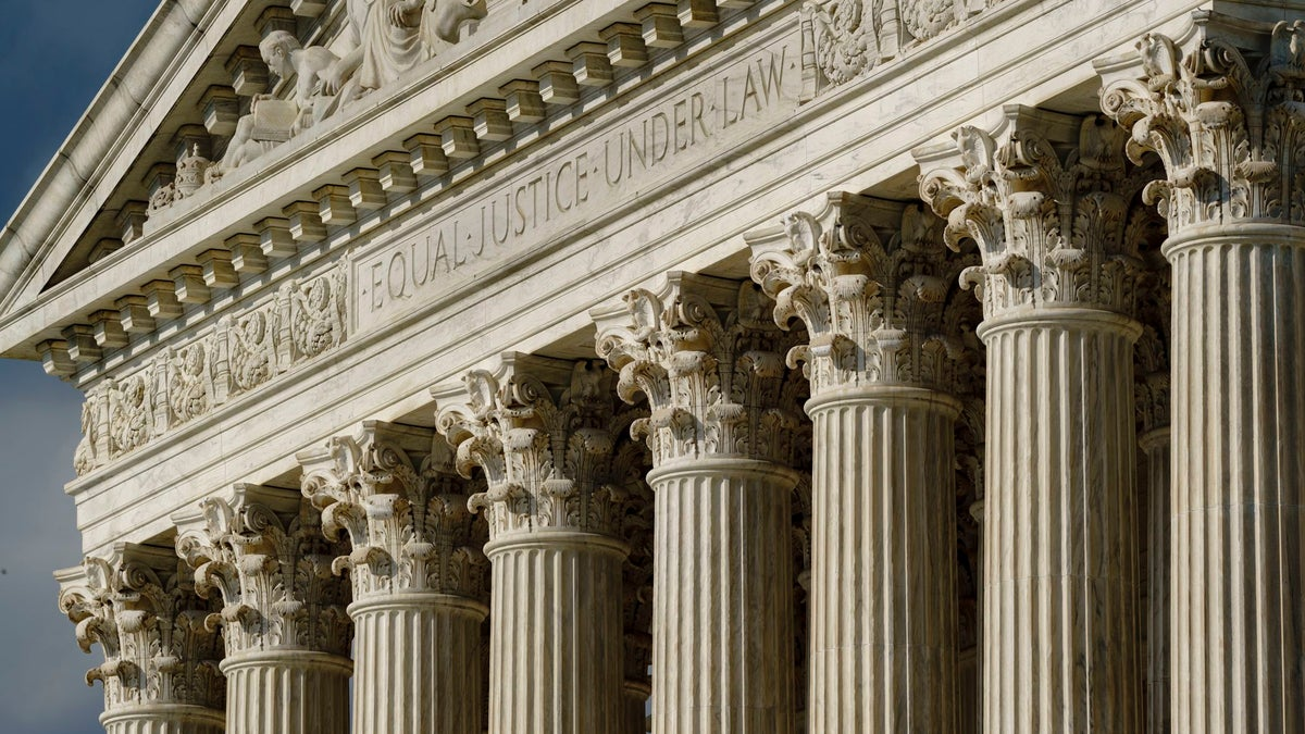 Supreme Court Sides With Ex-Athletes in NCAA Compensation Case