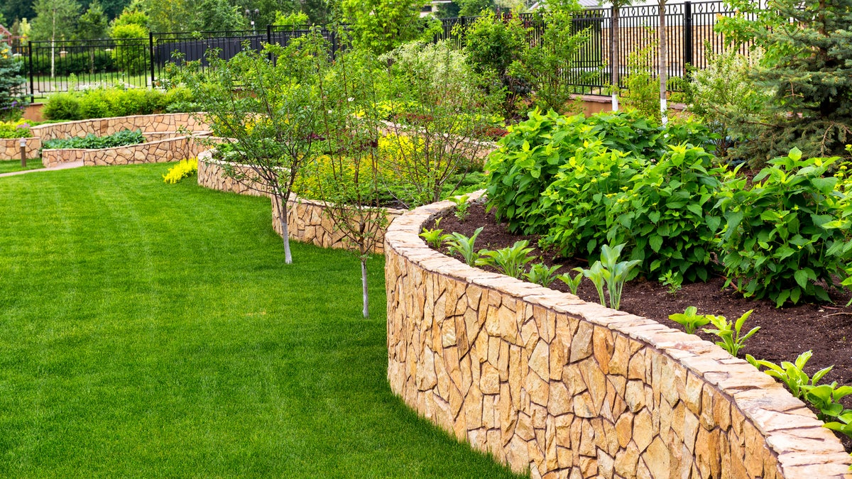 landscaping a new home