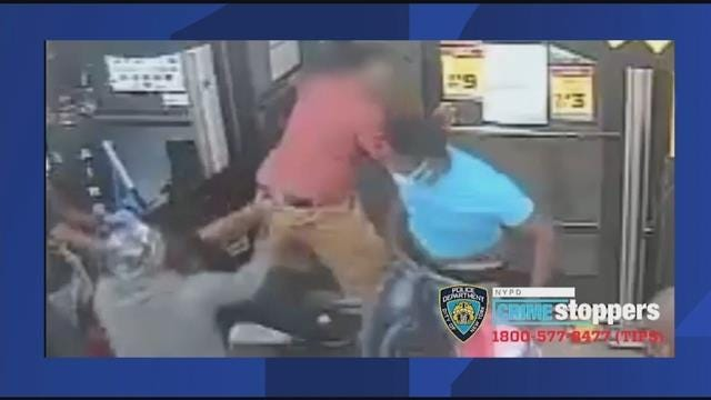 Wig snatched: Watch as a robbery suspect fights over a wig