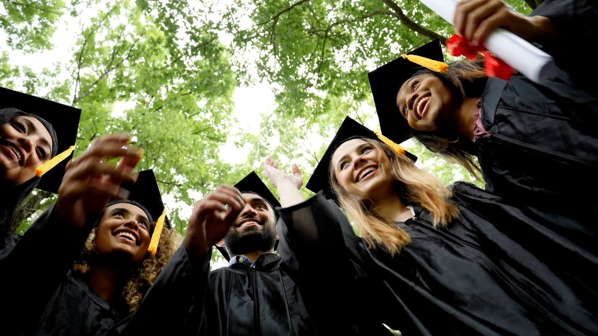 Assessing The Economic Impact Of The Pandemic On College Grads And Young Professionals