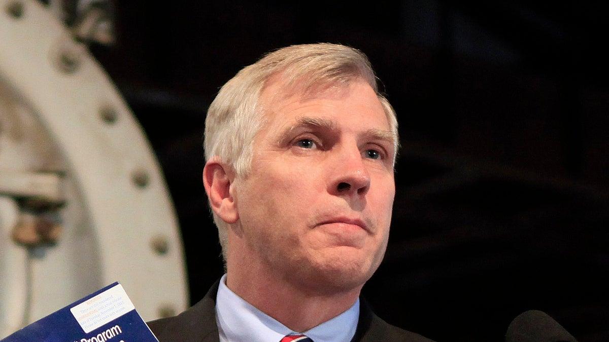 CA State Senator Proposes Stricter Regulations Around At Home DNA Testing