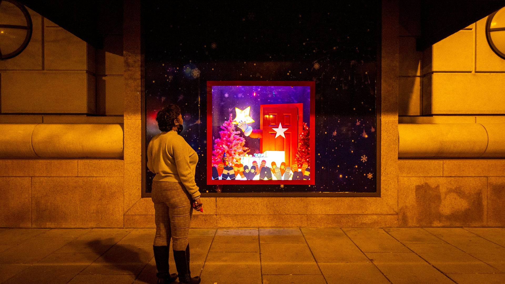 Guide: Tree lightings and holiday events in New York City