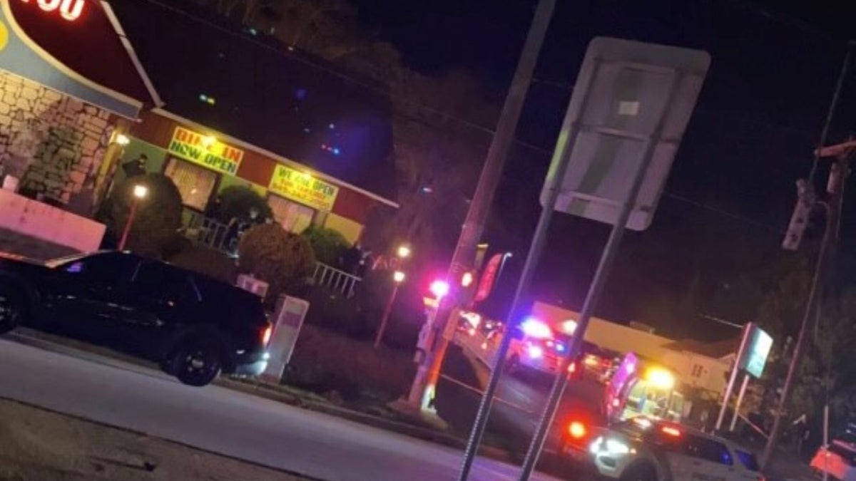 Man shot in stomach outside popular Chinese restaurant in Middletown