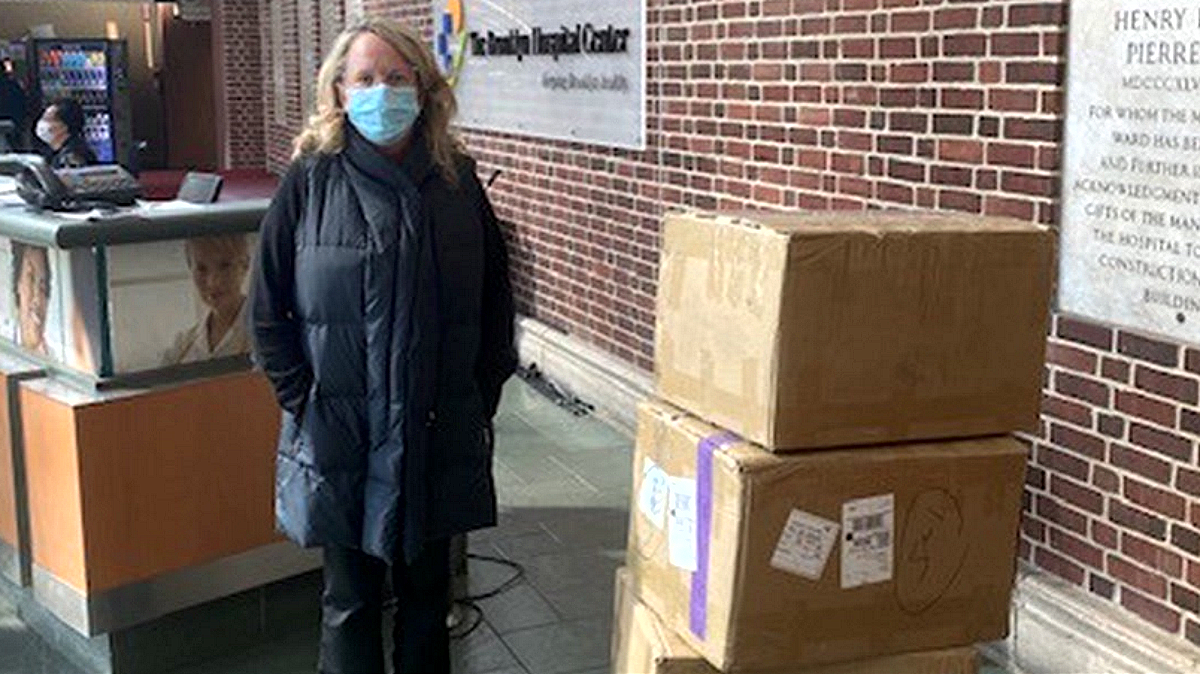 Lafayette 148 co-founder and CEO Deirdre Quinn donates supplies to Brooklyn Hospital Center. (Photo courtesy: Lafayette 148)