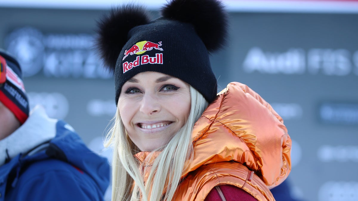 Lindsey Vonn Offering One-On-One Chat In Silent Auction To Help Struggling Athletes